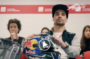 Miguel Oliveira tira a carta de condução – Video thumbnail