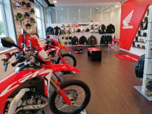 Lombas e Curvas – Novo concessionário de Motos Honda em Almada thumbnail