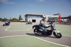 10 conselhos para andar bem de moto thumbnail