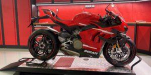 Ducati Lisboa entrega as primeiras Panigale Superleggera V4 thumbnail