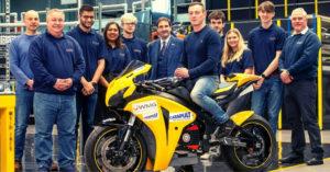 Estudantes da Universidade de Warwick apresentam moto elétrica thumbnail