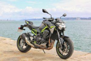 Kawasaki Z900: Crónica de uma fórmula intemporal. thumbnail