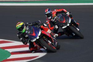 Pilotos de MotoGP testam Aprilia RS 660 em Misano thumbnail