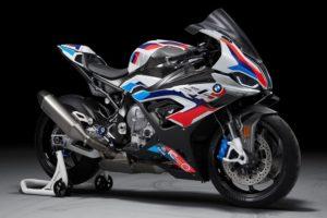 BMW M 1000 RR: A superbike mais extrema da BMW thumbnail