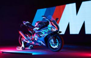 BMW apresenta a nova BMW M 1000 RR thumbnail