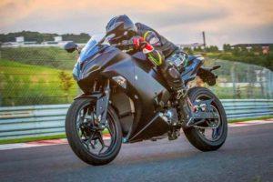"""Aliança """"Big Four"""" acelera o desenvolvimento de motos elétricas no Japão thumbnail"""