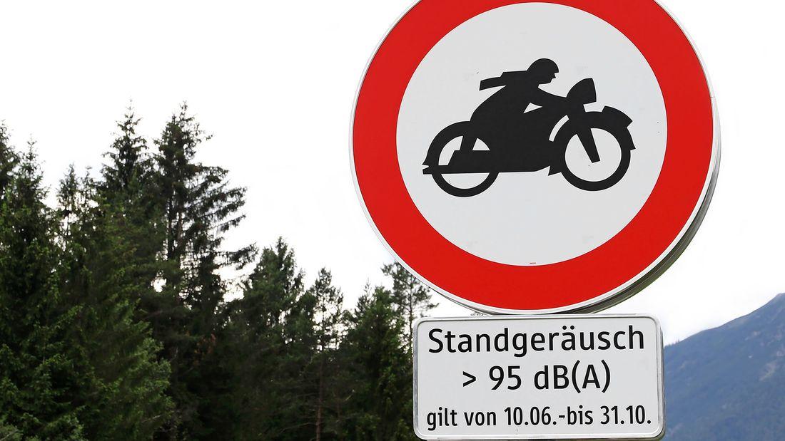 [Imagem: motorradlaerm-schild-tirol-169fullwidth-...714472.jpg]