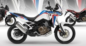 Honda CRF 1000L África Twin 2021 com as cores originais do Dakar thumbnail