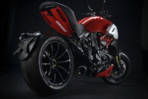 Ducati Performance para acentuar o espírito desportivo da Diavel 1260 thumbnail