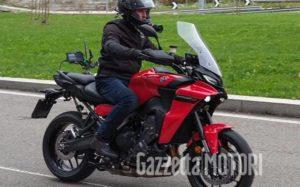 Nova Yamaha Tracer 900 'apanhada' em filmagens em Milão thumbnail