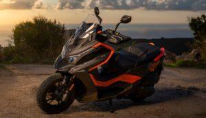 KYMCO DT X360, uma maxi-scooter com sede de aventura thumbnail