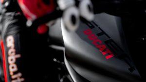 Primeira imagem da nova Ducati Monster thumbnail