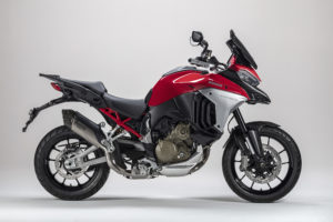 Ducati Multistrada V4 com escape Akrapovic thumbnail