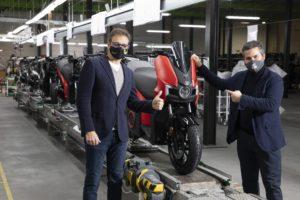 Arranca a produção da SEAT MÓ eScooter 125 thumbnail