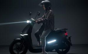 Horwin EK3, moderna e sedutora scooter elétrica thumbnail