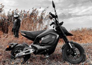Tromox Mino: Irreverência na mobilidade elétrica thumbnail