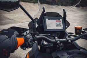 Tecnologia: Um mundo cada vez mais conectado… também nas motos! thumbnail
