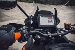 KTM acelera na frente da inovação com o CMC thumbnail