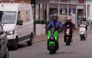 Sabe quanto poupa com uma scooter elétrica? Valores reais!? thumbnail