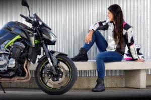 Elas também andam de moto… Dia Internacional da Mulher thumbnail