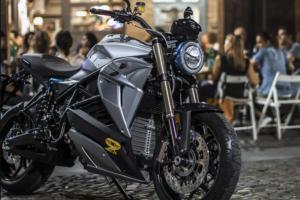 Sondagem no Reino Unido demonstra que jovens preferem motos elétricas thumbnail