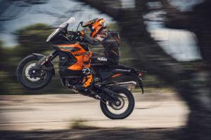 KTM 1290 Adventure S: Seja o primeiro a vê-la ao vivo thumbnail