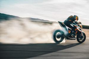 KTM 1290 Super Duke RR  esgotou em menos de 1 hora! thumbnail