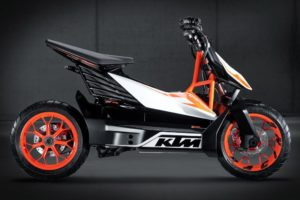 KTM e Varta juntam-se para desenvolver baterias de alta eficiência thumbnail