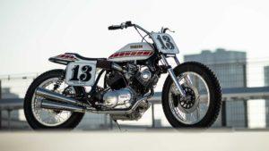 Yamaha XV750 Flat Track 1981: Demasiado bela para sujar thumbnail