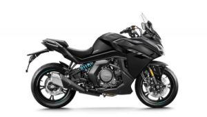 CFMoto em força na Europa com motos Adventure e Naked's thumbnail