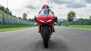 Ducati Panigale V4 2021: Tutorial em vídeo para otimizar a performance thumbnail