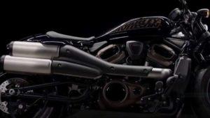 Acordo entre Harley-Davidson e Hero para modelos de peso-médio thumbnail