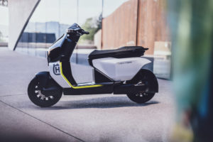Husqvarna Vektorr Concept: A primeira e-scooter da Husky! thumbnail