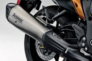 Suzuki GB  disponibiliza novos Akrapovic para a  Hayabusa 2021 thumbnail