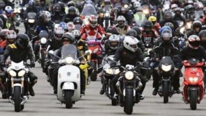 Alemanha: Manifestações contra novos limites de velocidade thumbnail
