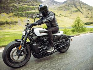 Harley-Davidson Sportster S: Incontrolável explosão de adrenalina thumbnail