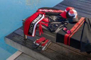 Ducati apresenta a nova coleção de praia thumbnail