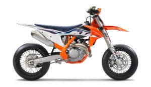 KTM 450 SMR 2022: Rápida e poderosa! thumbnail