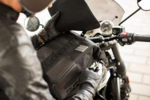 Kappa 'Garage Attitude': Nova linha de malas para motos Cafe Racer thumbnail